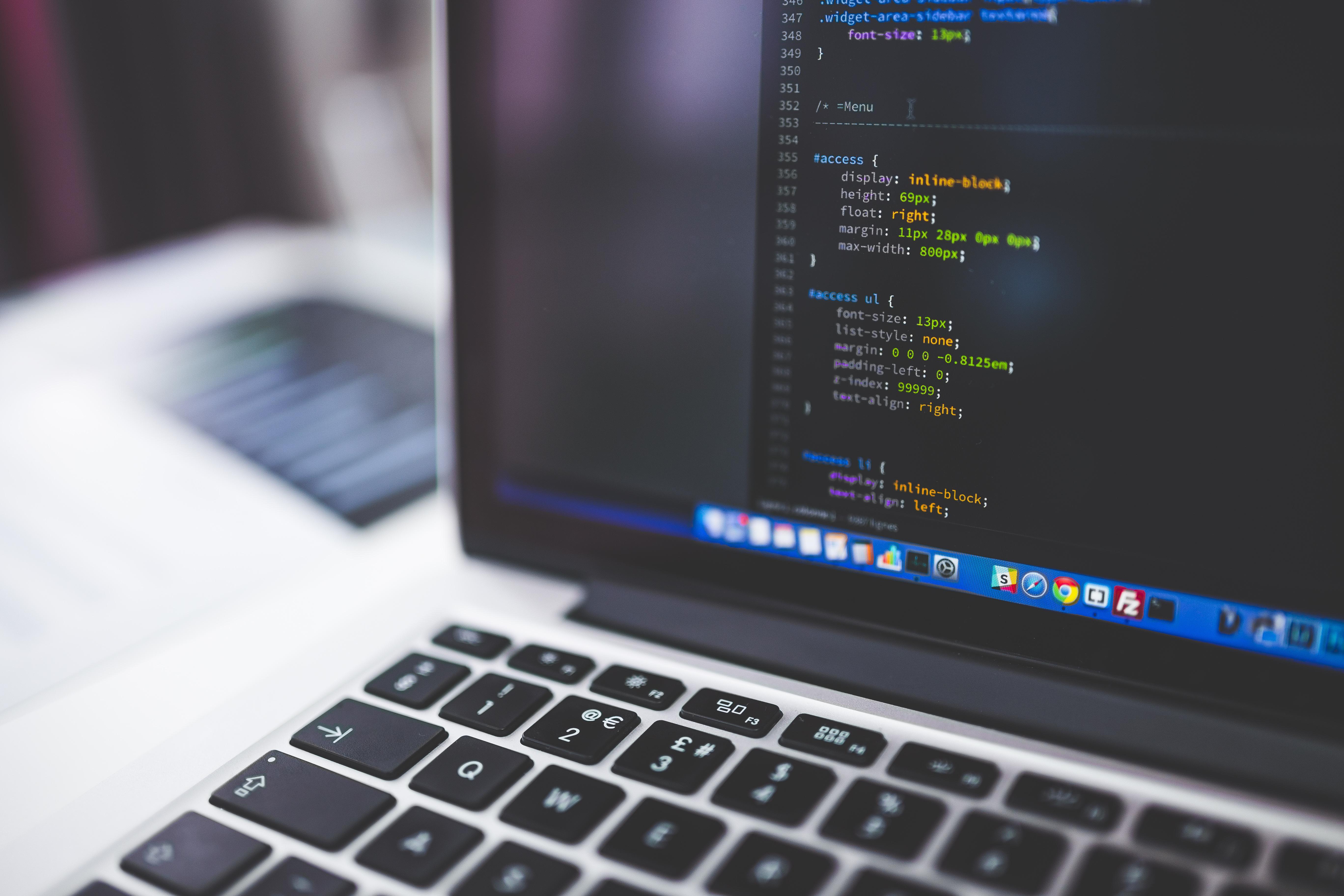 Code Tips: CSS Swinging Christmas Lights